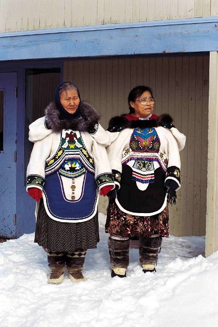 Inuit throat singers Photo by Ansgar Walk, Wikimedia Commons