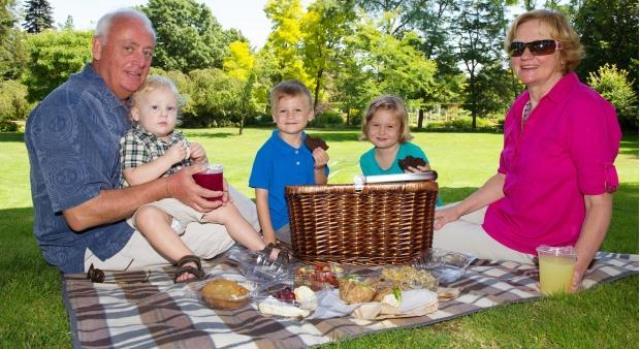 Steve Whysall and his wife Loraine picnic with their grandkids. Photo: Jenelle Schneider, The Vancouver Sun