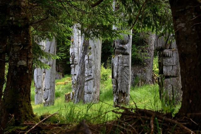 Old totems in Gwaii Haanas Photo: brodieguy, Creative Commons, Flickr