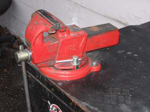 A bench vise like the one Spetic said was squeezing his missing Photo by tmib_seattle/CC, Flickr