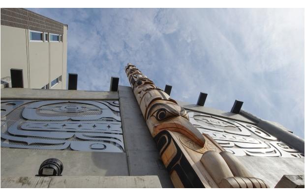 Skwachàys-Lodge-aboriginal arts hotel