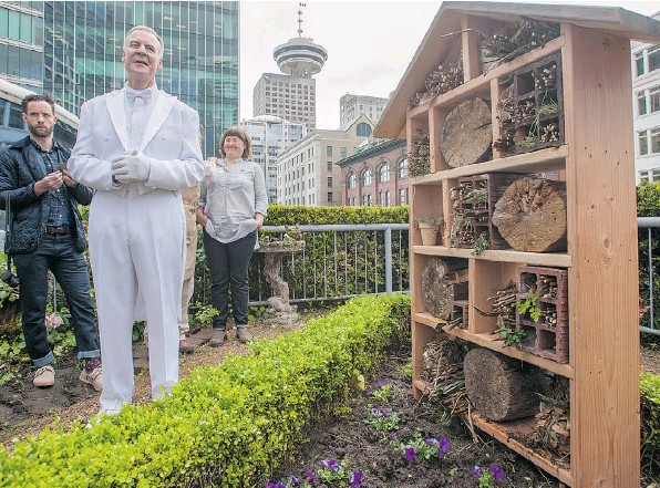 fairmont-vancouver-bee-hotels