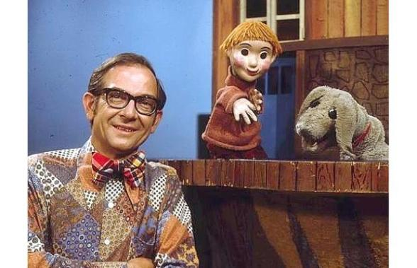 Mr. Dressup with Casey and Finnegan Photo by Wikipedia Casey and Finnegan
