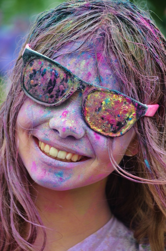 PHOTO – PIXABAY.COM This girl is enjoying the festival of Holi.