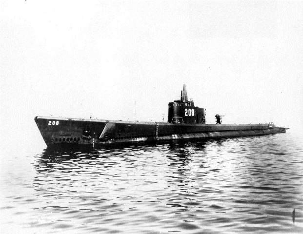 Submarine Photo by BillyTFried, Wikimedia